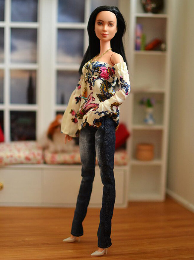 OOAK black hair made to move Barbie, Eve, Plastically Perfect - OOTD capsule wardrobe outfit 4, pic 01.jpg