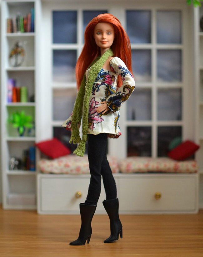 OOAK red hair made to move Barbie, Anne, Plastically Perfect - OOTD capsule wardrobe outfit 9 pic 01.jpg