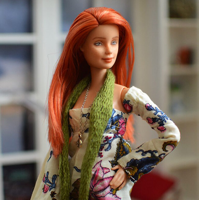 OOAK red hair made to move Barbie, Anne, Plastically Perfect - OOTD capsule wardrobe outfit 9 pic 02.jpg
