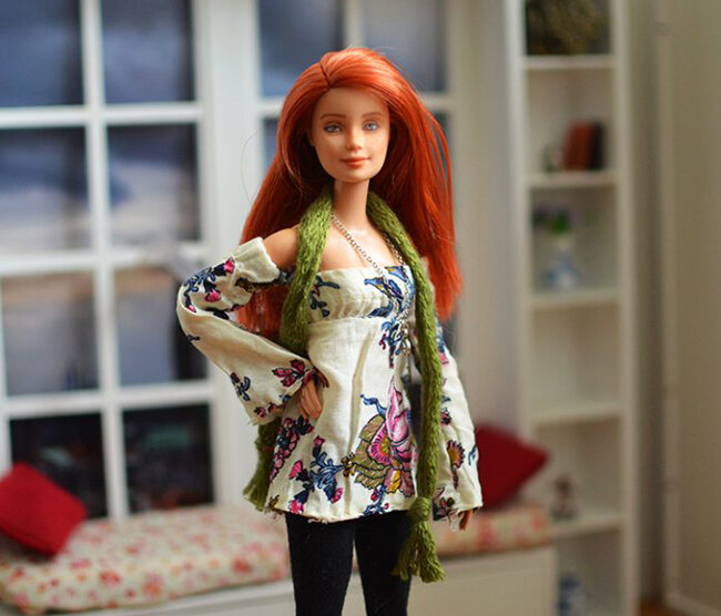 OOAK red hair made to move Barbie, Anne, Plastically Perfect - OOTD capsule wardrobe outfit 9 pic 03.jpg