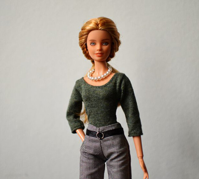 OOAK repainted Fashionista Barbie, Willow, Plastically Perfect - OOTD capsule wardrobe outfit 14, pic 01.jpg