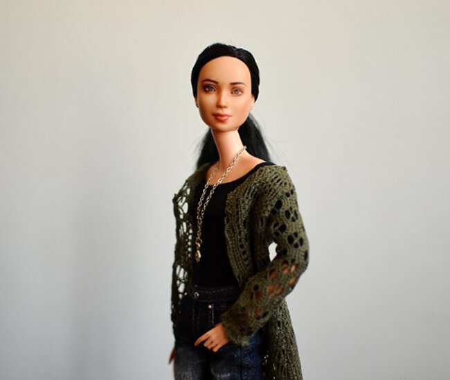 OOAK repainted made to move Barbie, Eve, Plastically Perfect - OOTD capsule wardrobe outfit 16, pic 01.jpg