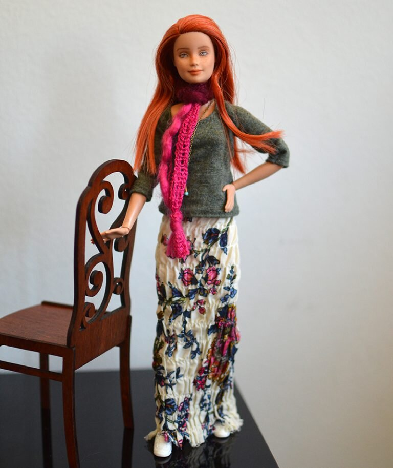 OOAK barbie made to move repaint - Plastically Perfect - OOTD capsule wardrobe outfit 22, pic 01.jpg