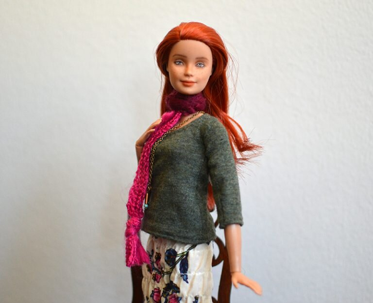 OOAK barbie made to move repaint - Plastically Perfect - OOTD capsule wardrobe outfit 22, pic 02.jpg