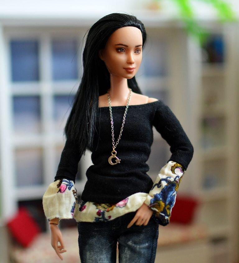 OOAK barbie black hair made to move repaint - Plastically Perfect - OOTD capsule wardrobe outfit 26 pic 04.jpg