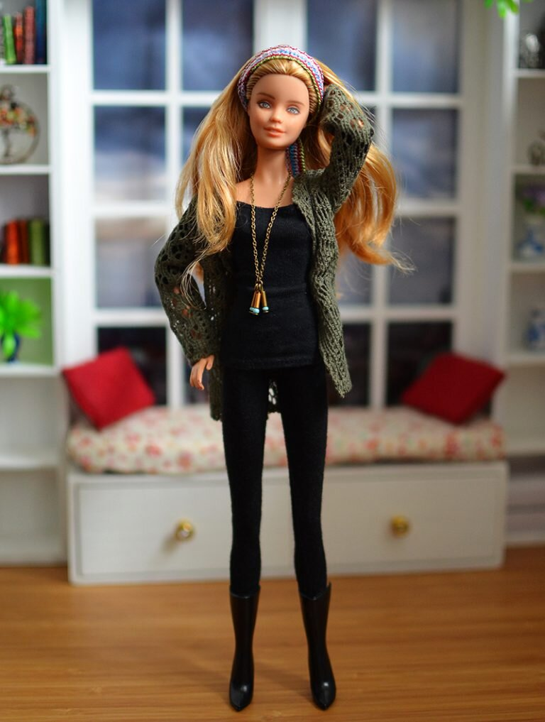 OOAK barbie festival fashionista repaint - Plastically Perfect - OOTD capsule wardrobe outfit 29, pic 01.jpg