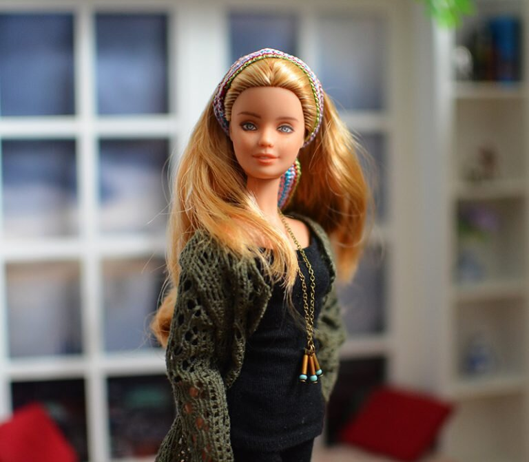 OOAK barbie festival fashionista repaint - Plastically Perfect - OOTD capsule wardrobe outfit 28, pic 01.jpg