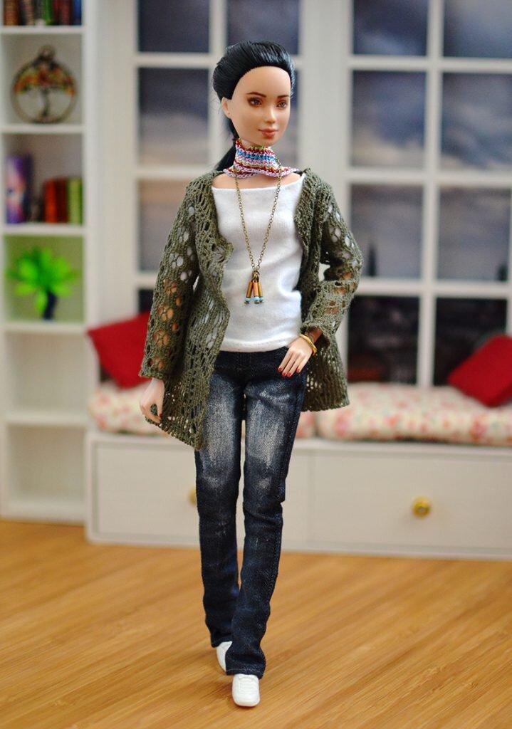OOAK barbie black hair made to move repaint - Plastically Perfect - OOTD capsule wardrobe outfit 30 pic 01.jpg