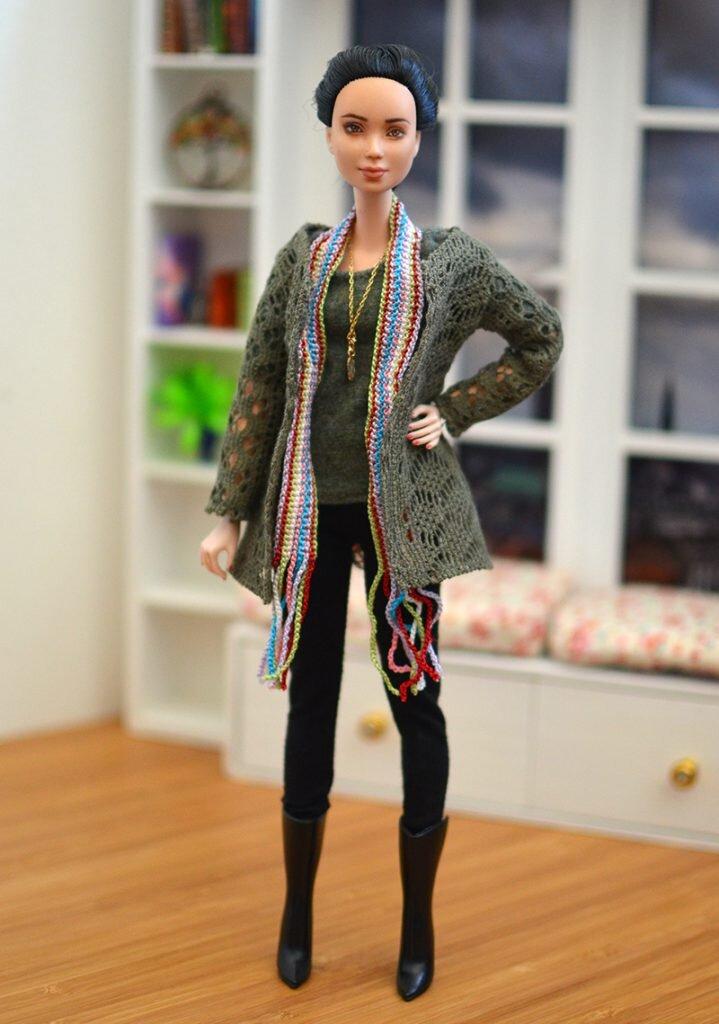OOAK barbie black hair made to move repaint - Plastically Perfect - OOTD capsule wardrobe outfit 29 pic 01.jpg