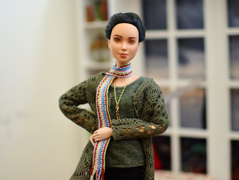 OOAK barbie black hair made to move repaint - Plastically Perfect - OOTD capsule wardrobe outfit 29 pic 02.jpg