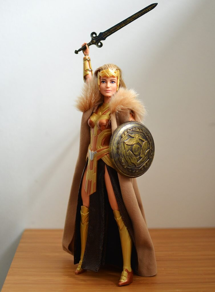 Plastically Perfect - Playscale Enthusiast Doll Review - 2017 Black Label Queen Hippolyta Barbie 02.jpg