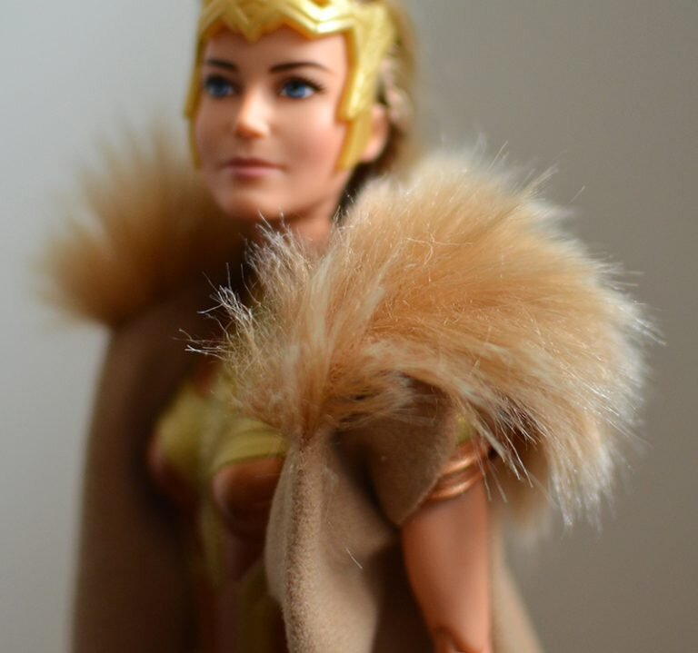 Plastically Perfect - Playscale Enthusiast Doll Review - 2017 Black Label Queen Hippolyta Barbie 14.jpg