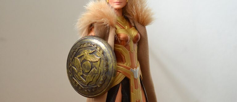 Plastically Perfect - Playscale Enthusiast Doll Review - 2017 Black Label Queen Hippolyta Barbie 24.jpg