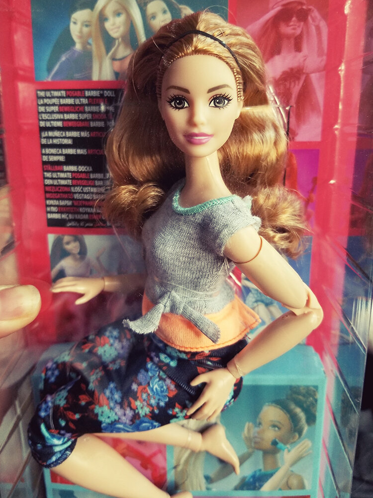Plastically Perfect - Playscale Enthusiast Doll Review - 2018 Strawberry Blonde Curvy Made to Move Barbie 01.jpg