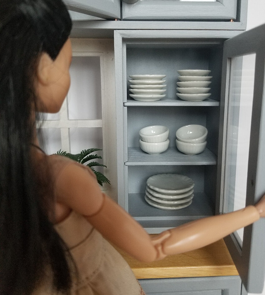 Ikea Kitchen inspiration, Playscale Furniture for Barbie - with OOAK mtm repainted barbie - Plastically Perfect - Diorama Kitchen Piece 05.jpg