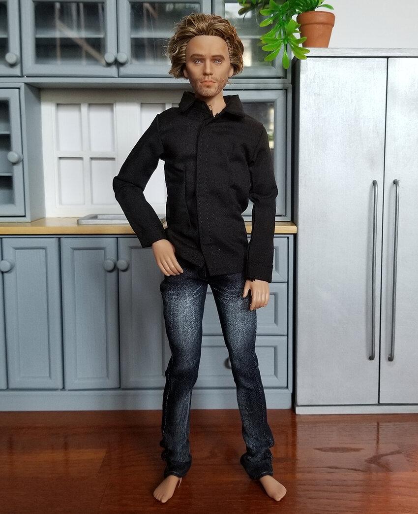OOAK Finnick Odair Hunger Games Articulated Figure - Nicholai - Plastically Perfect - After Repaint 01.jpg