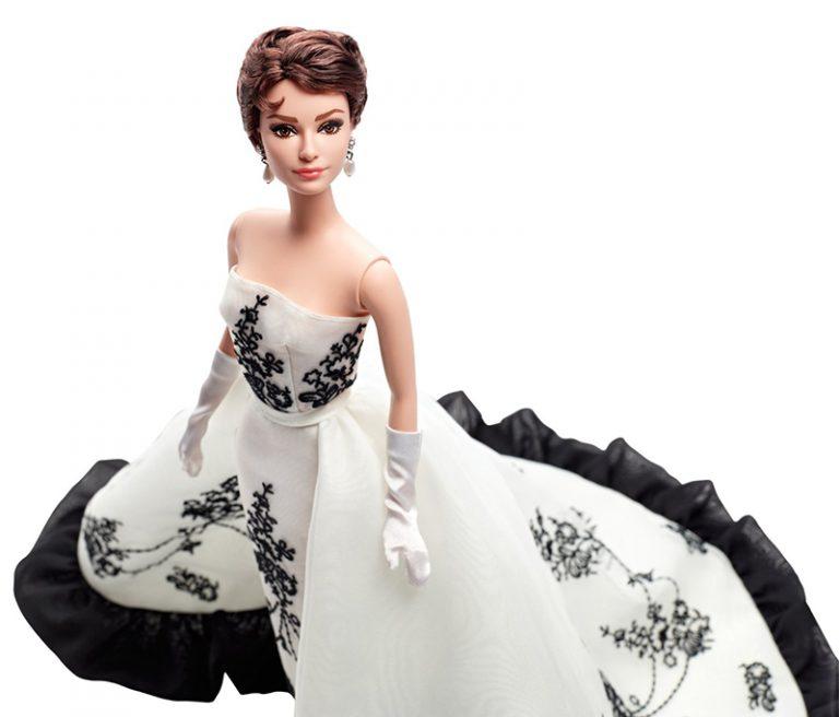Gracefull Dolls - Goddesses of the Silver Screen - Plastically Perfect - Audrey Hepburn Barbie 01.jpg
