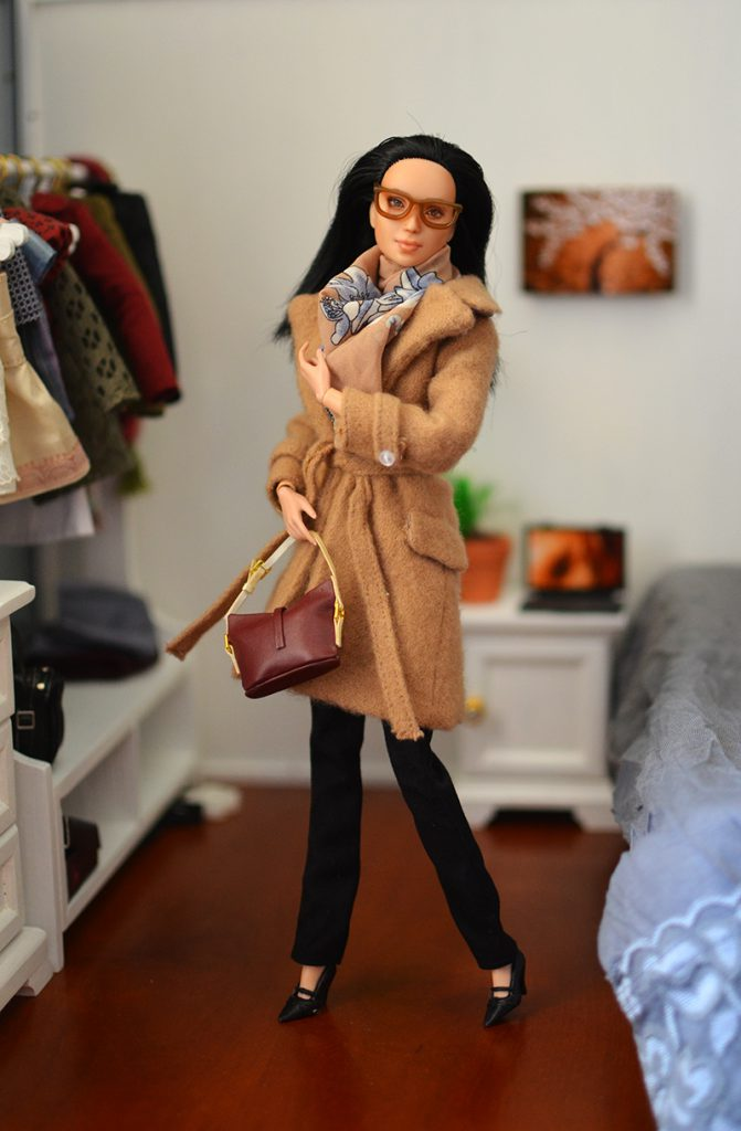 OOAK-Repainted-Black-Hair-Made-to-Move-Barbie-OOTD-Autumn-Layers-Camel-Coat 01.jpg