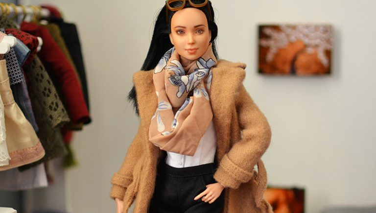 OOAK-Repainted-Black-Hair-Made-to-Move-Barbie-OOTD-Autumn-Layers-Camel-Coat 03.jpg