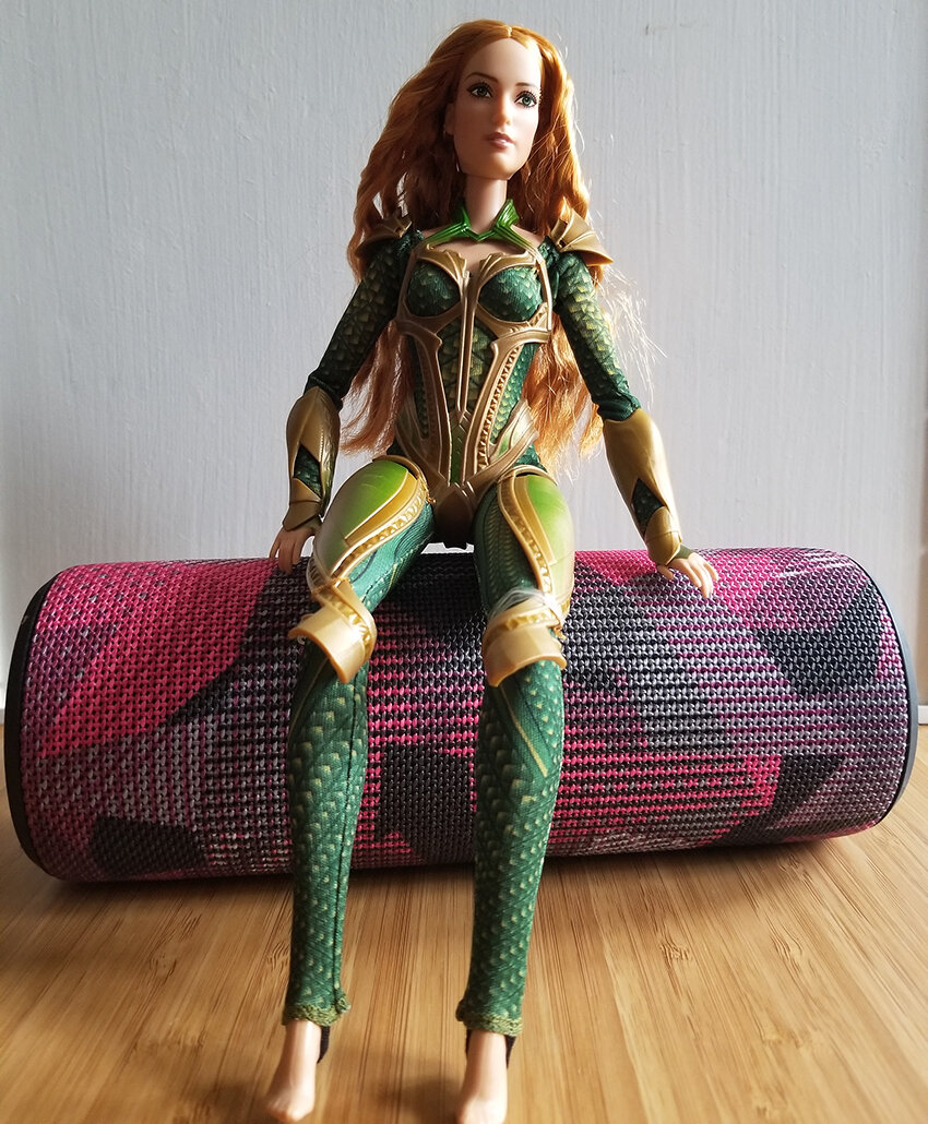 Plastically Perfect - Playscale Enthusiast Doll Review - 2017 Justice League Mera Barbie 08.jpg