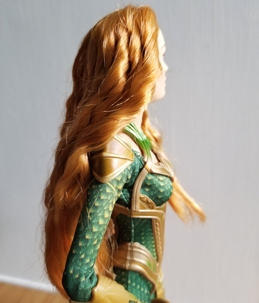 Plastically Perfect - Playscale Enthusiast Doll Review - 2017 Justice League Mera Barbie 11.jpg