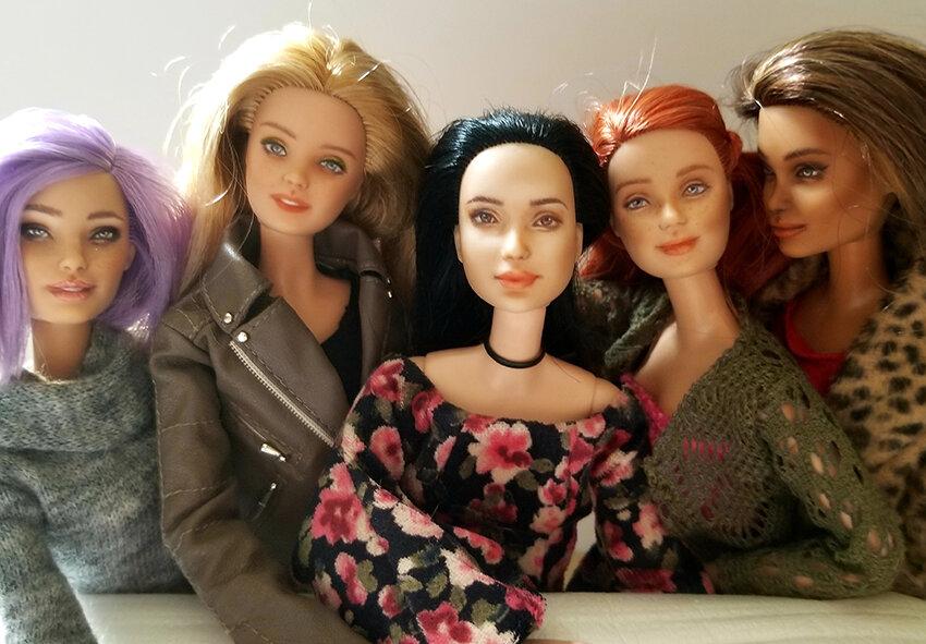 OOAK-Repainted-Barbies-Made-to-Move-Skater-Fashionista-Eveningwear-Celebration 01.jpg