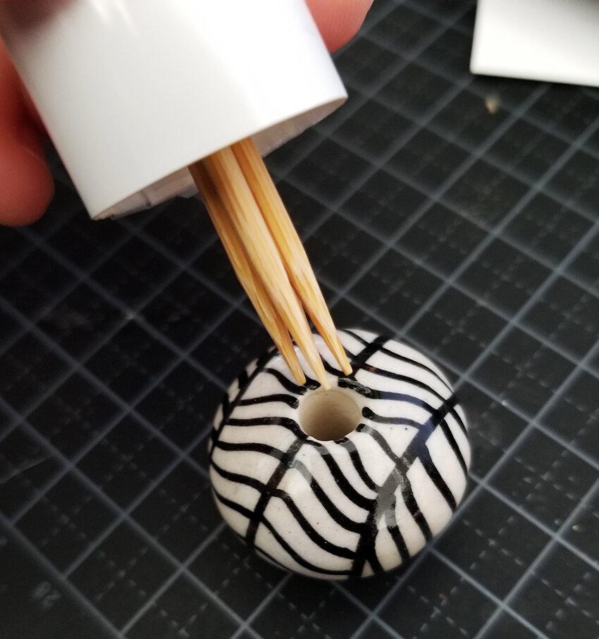 Barbie Diorama DIY accessories - Plastically Perfect - Diorama Modern Lamp with Shade Step 07.jpg