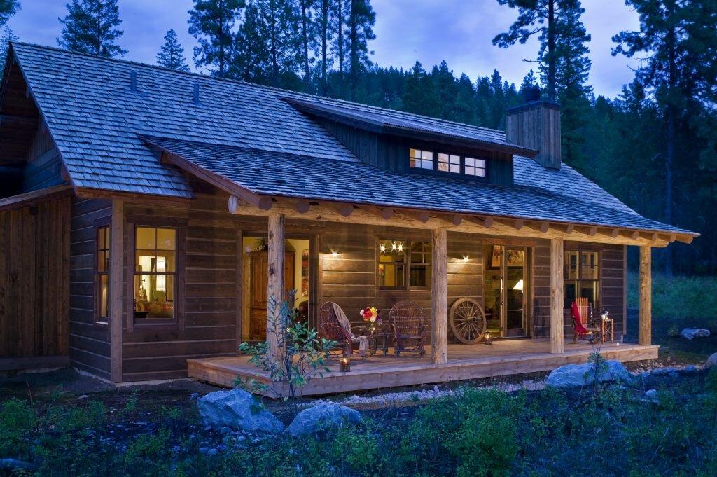 montanabuild-woodscabin-0.jpg