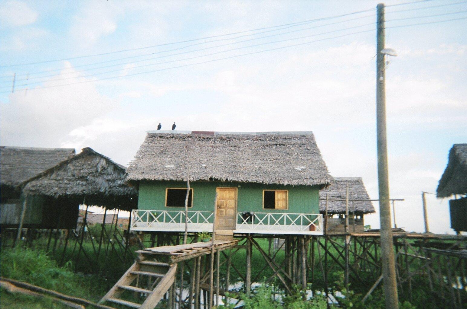 iquitos shore2.JPG