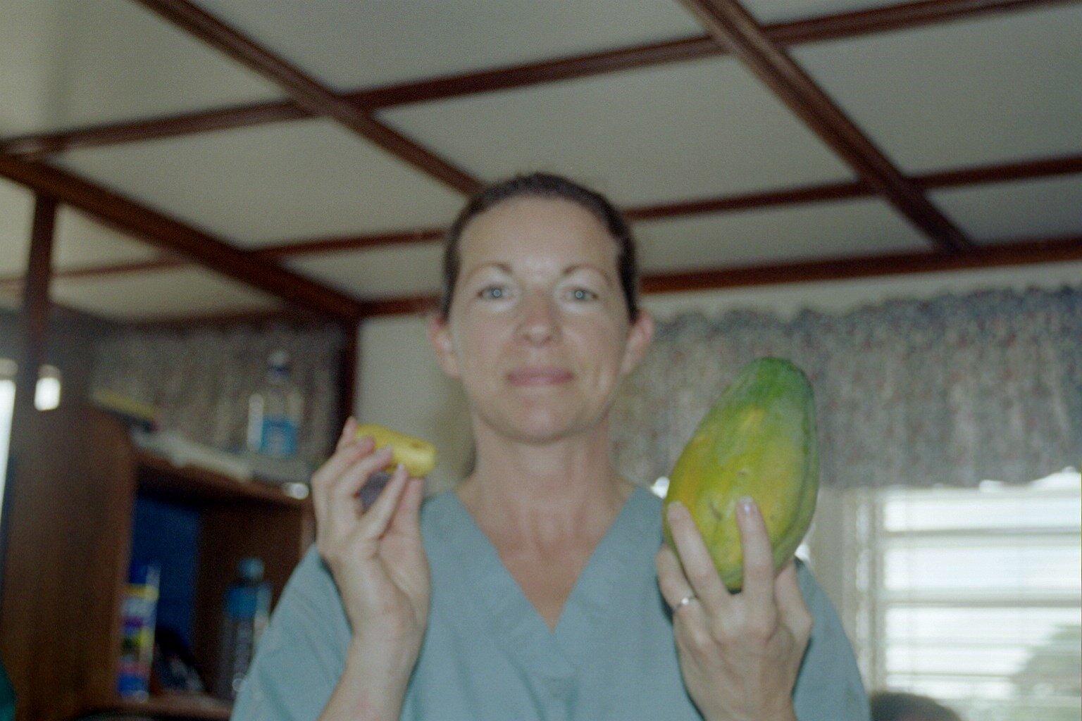 mango or papaya.JPG