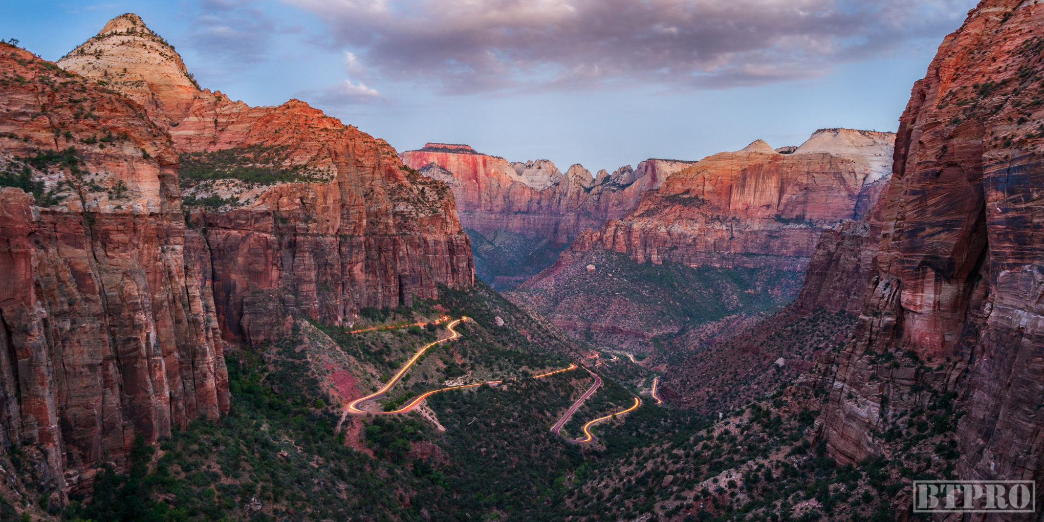 Sunrise at Canyon Overlook