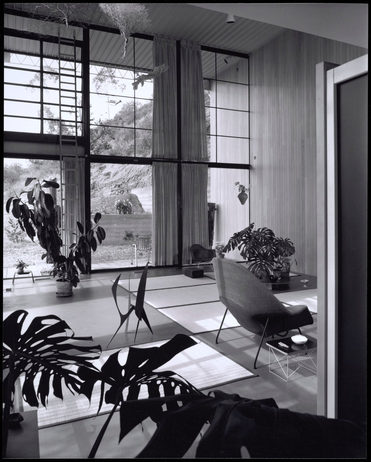 Interior of the Eames House, Photo by Julius Shulman  Digital Image courtesy of the Getty's Open Content Program, © J. Paul; Getty Trust – Getty.edu