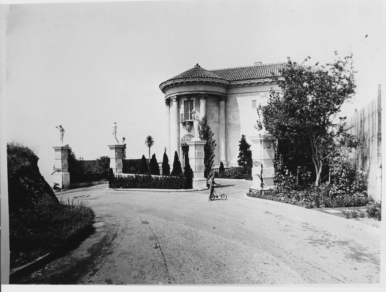Villa de Leon 1927