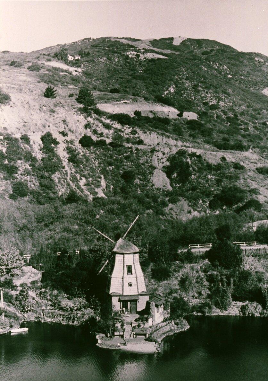 Lake Shrine 1920