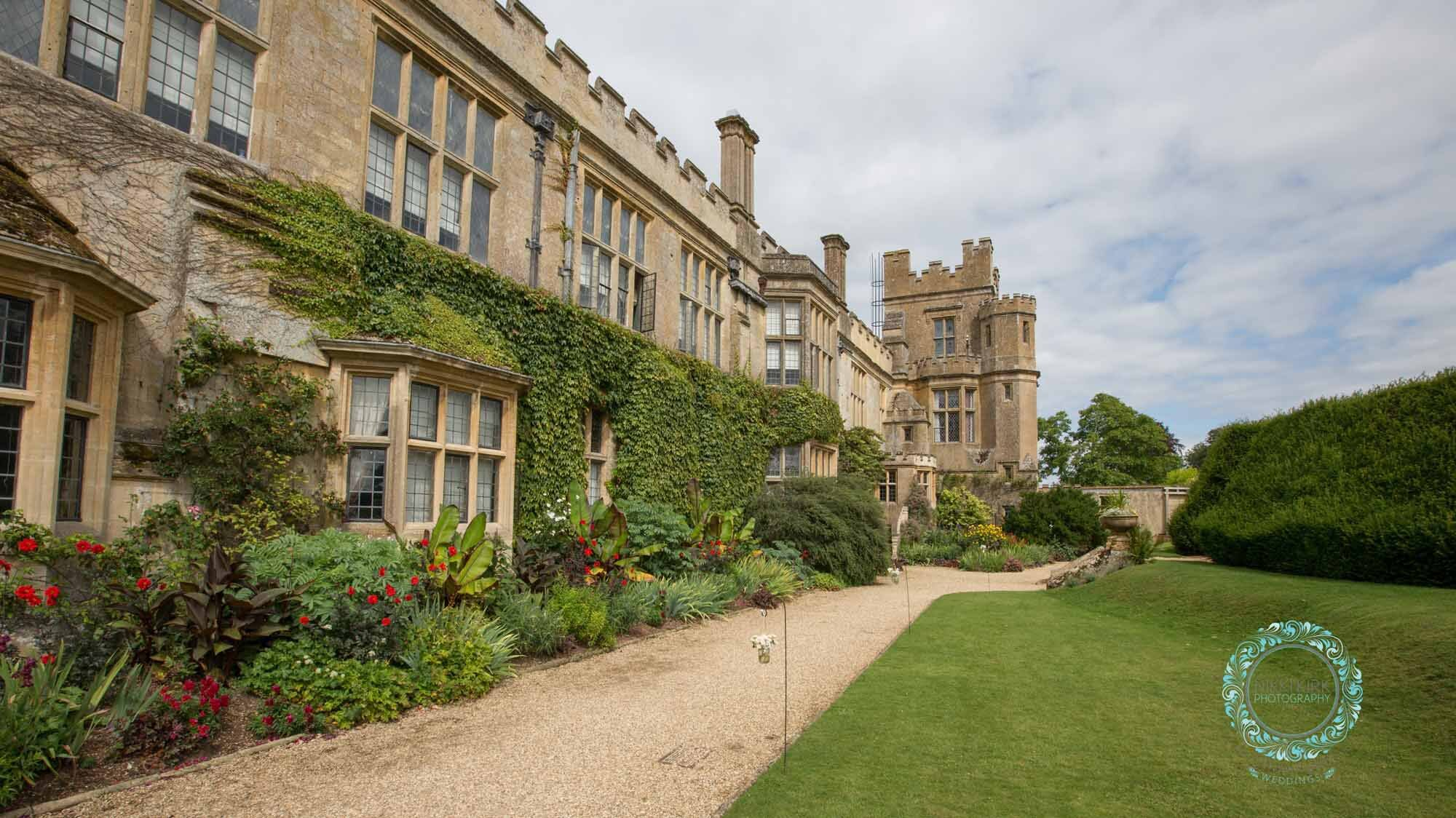 Sudeley-Castle-Cotswolds-婚礼获奖-婚礼策划师-Perfect-Perfection-40.jpg