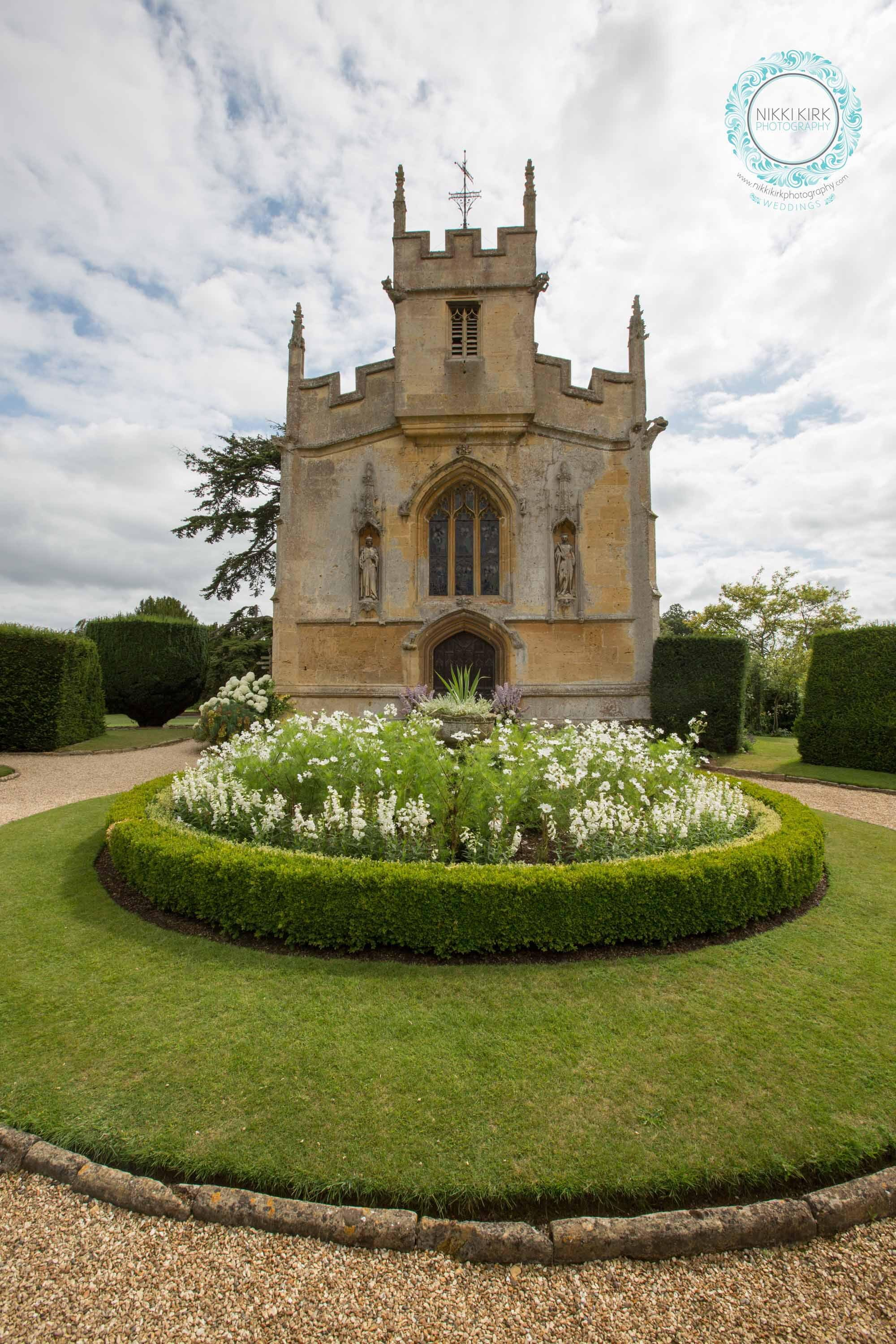 Sudeley-Castle-Cotswolds-婚礼获奖-婚礼策划师-Perfection-42.jpg