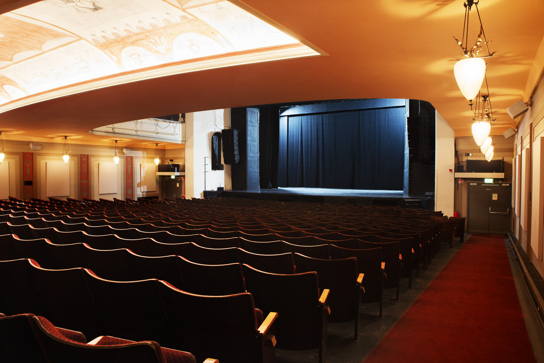 Hyr Teatern Gota Lejon