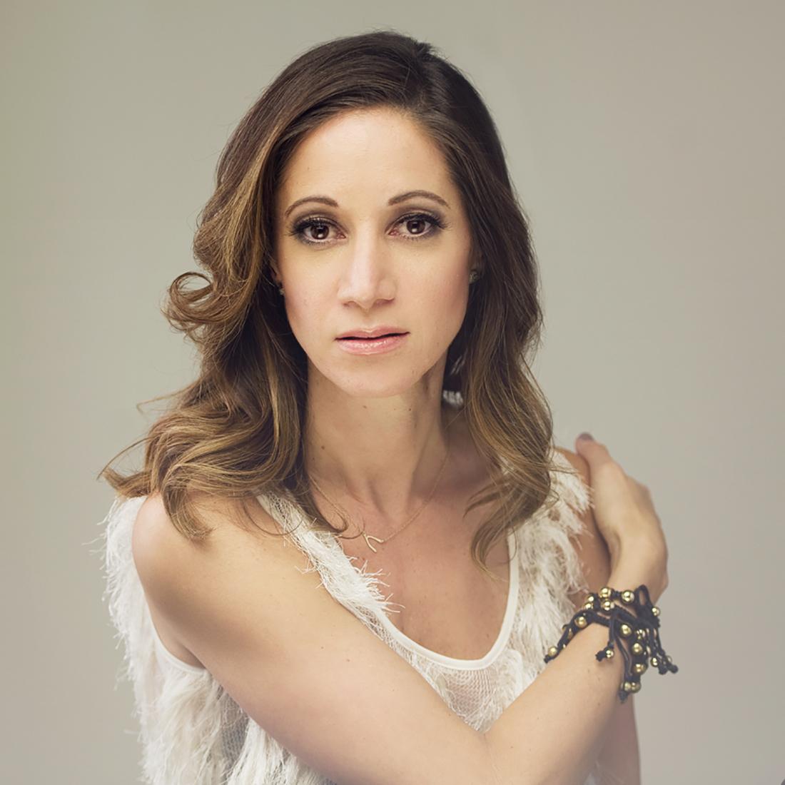 Stacy Ferguson - Makeup Artist | Graphic Designer