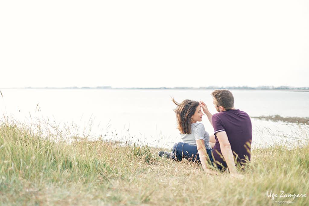 Seance couple au sud de la rochelle - photographe la rochelle ile de ré