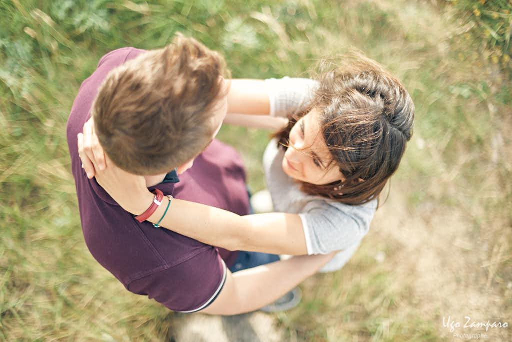 couple vu de dessus - photographe la rochelle ile de ré
