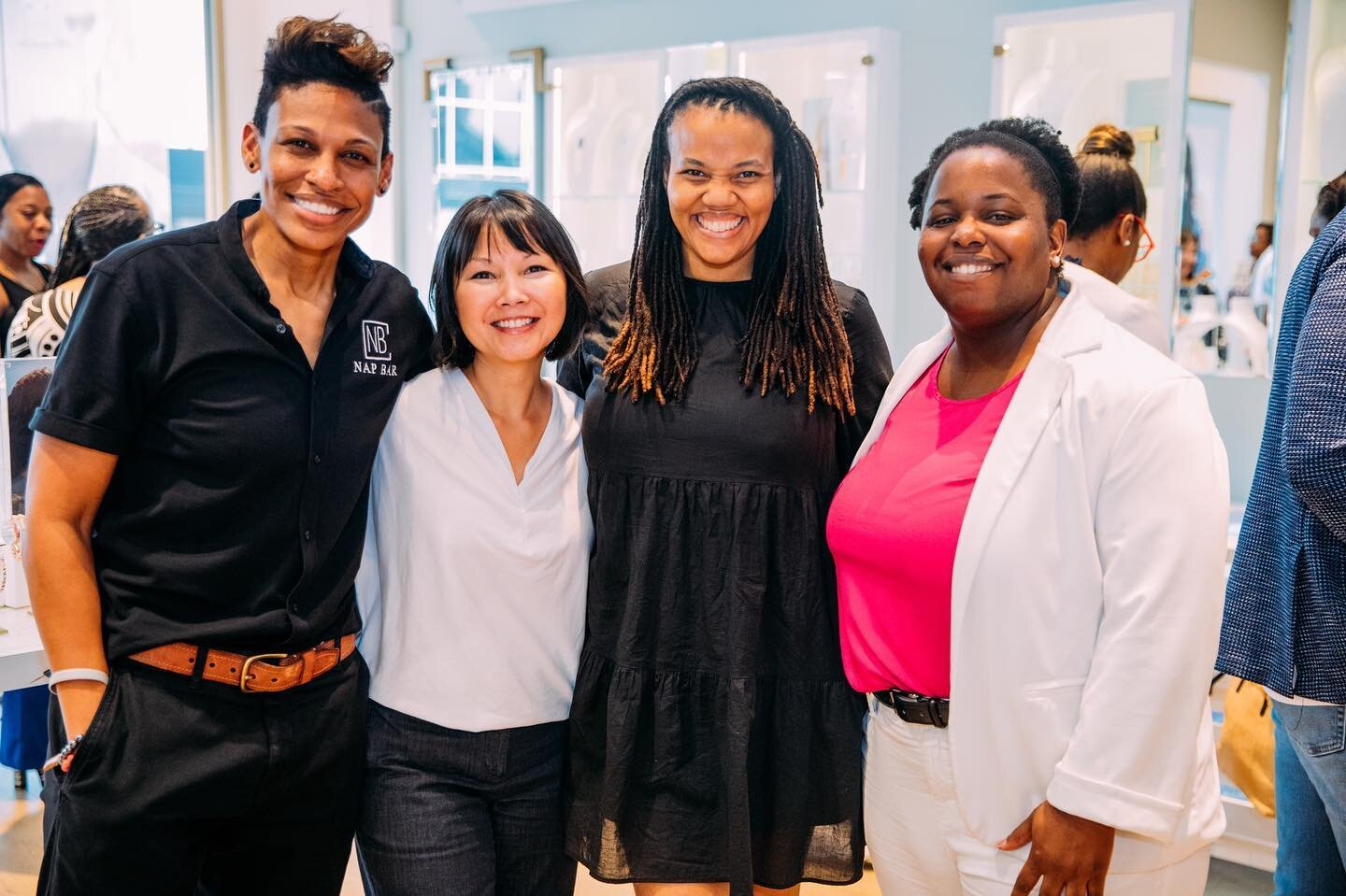 Donate to DivInc - DivInc is a 501(c)(3) nonprofit organization. Your donation will directly support our mission, to empower people of color and women entrepreneurs, helping them build successful high growth businesses by providing them with access to education, mentorship and vital networks.The evidence of what we do can be seen in our incredibly talented alumni and our annual awards event, Champions of Change.