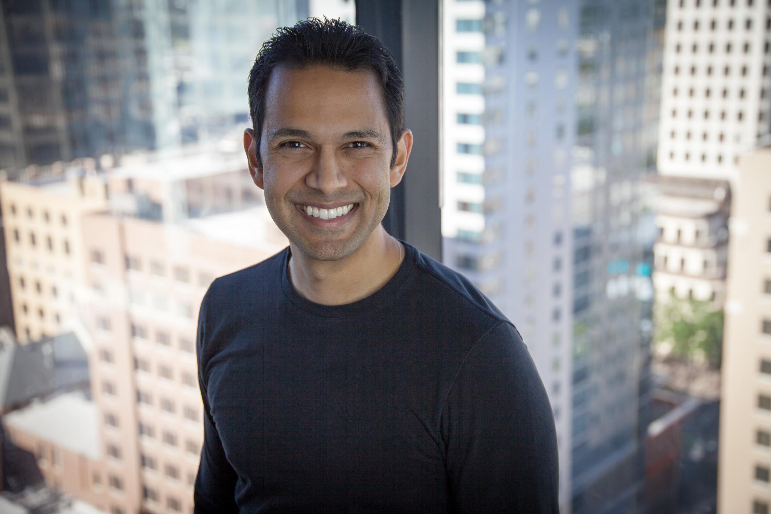Yogi Patel - iuzeit - Centralized Product Data for Online Shoppers