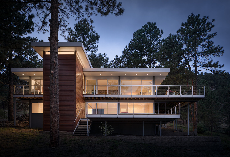 Sunshine Canyon Residence