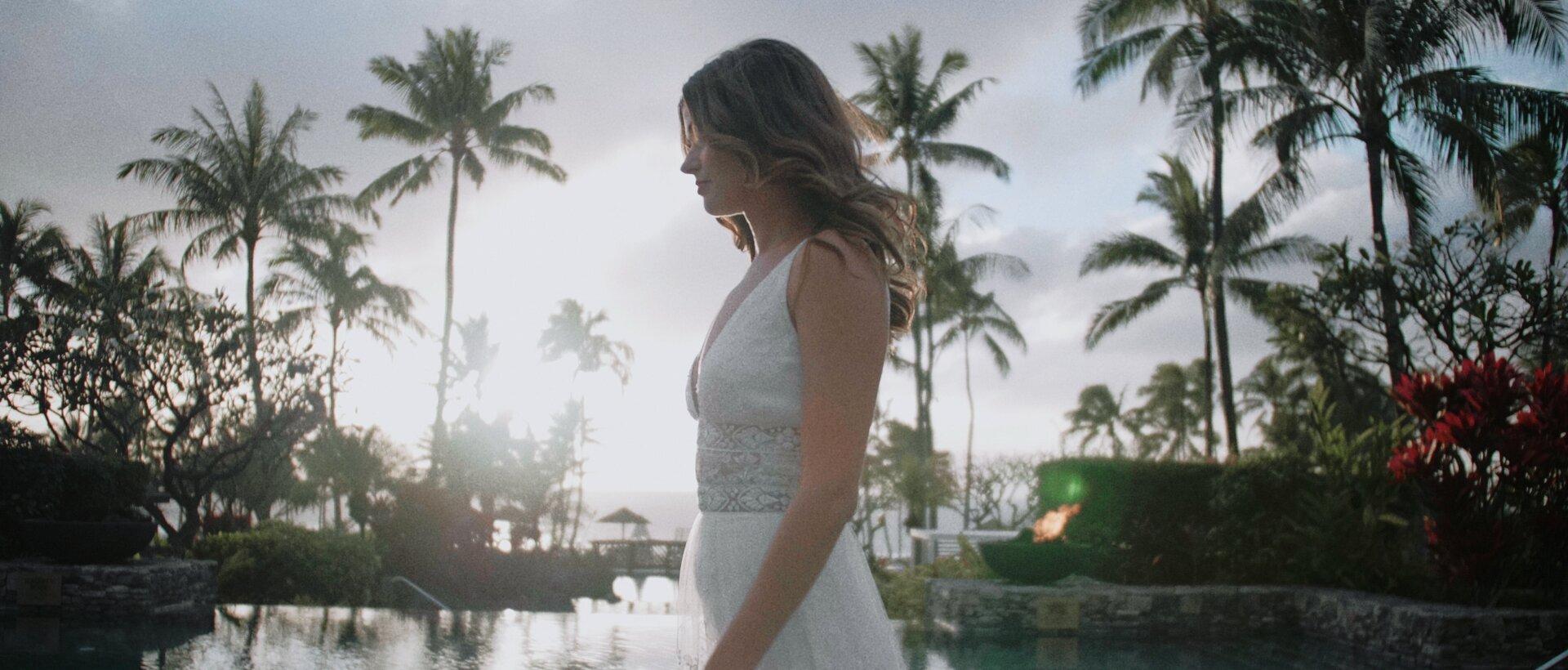 Bride walking at Montage Kapalua pools