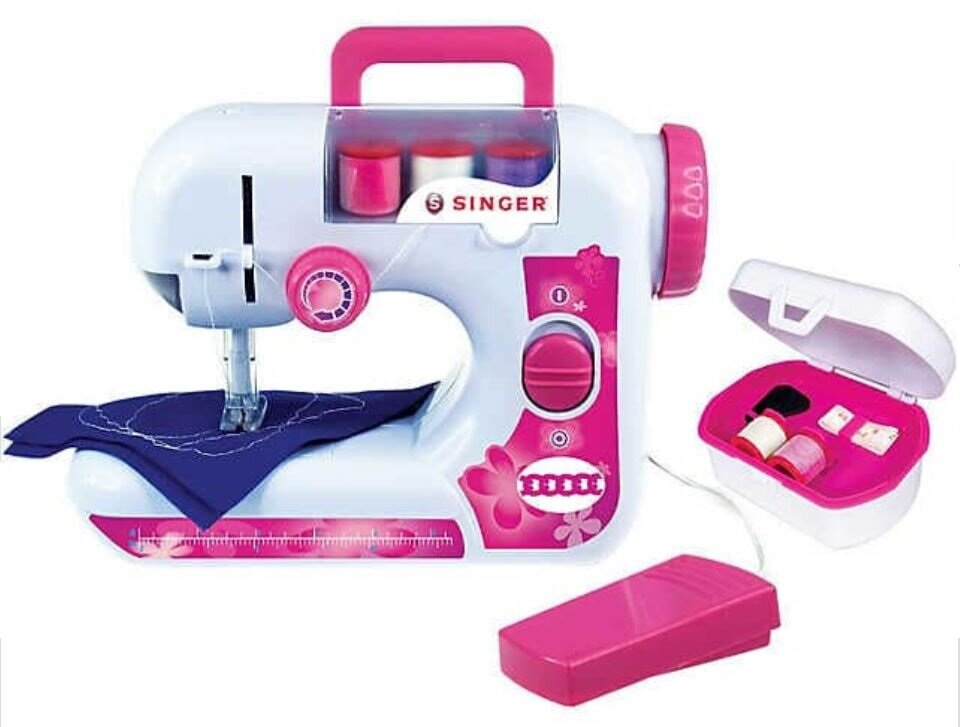 sewing machine with sewing box.JPG