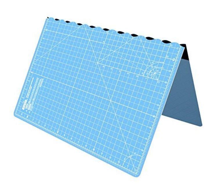 foldable cutting mat.JPG