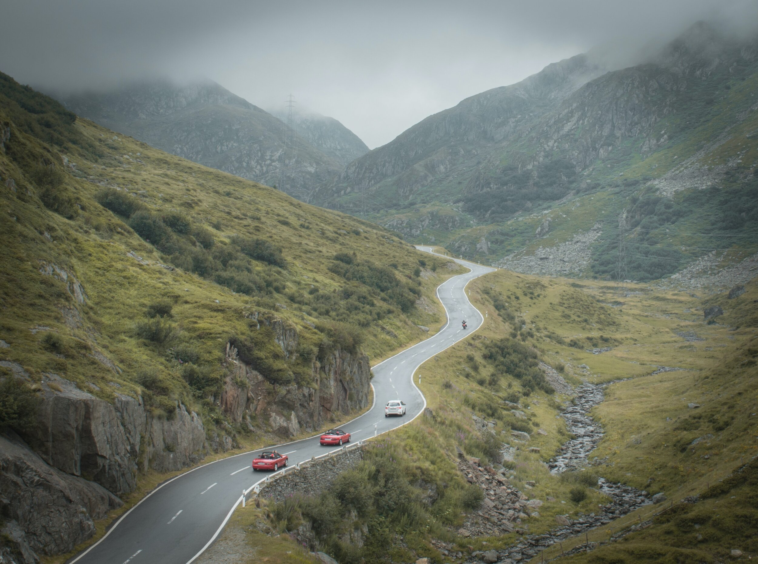 Five must-drive mountain roads in Italy
