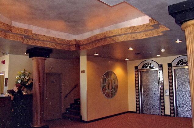 PALACE HOTEL LOBBY II (CEILING, TRIM, COLUMNS, MURAL)