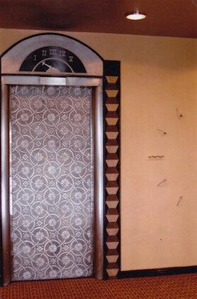 PALACE HOTEL LOBBY (ELEVATOR DOORS; WALLS; CLOCK)