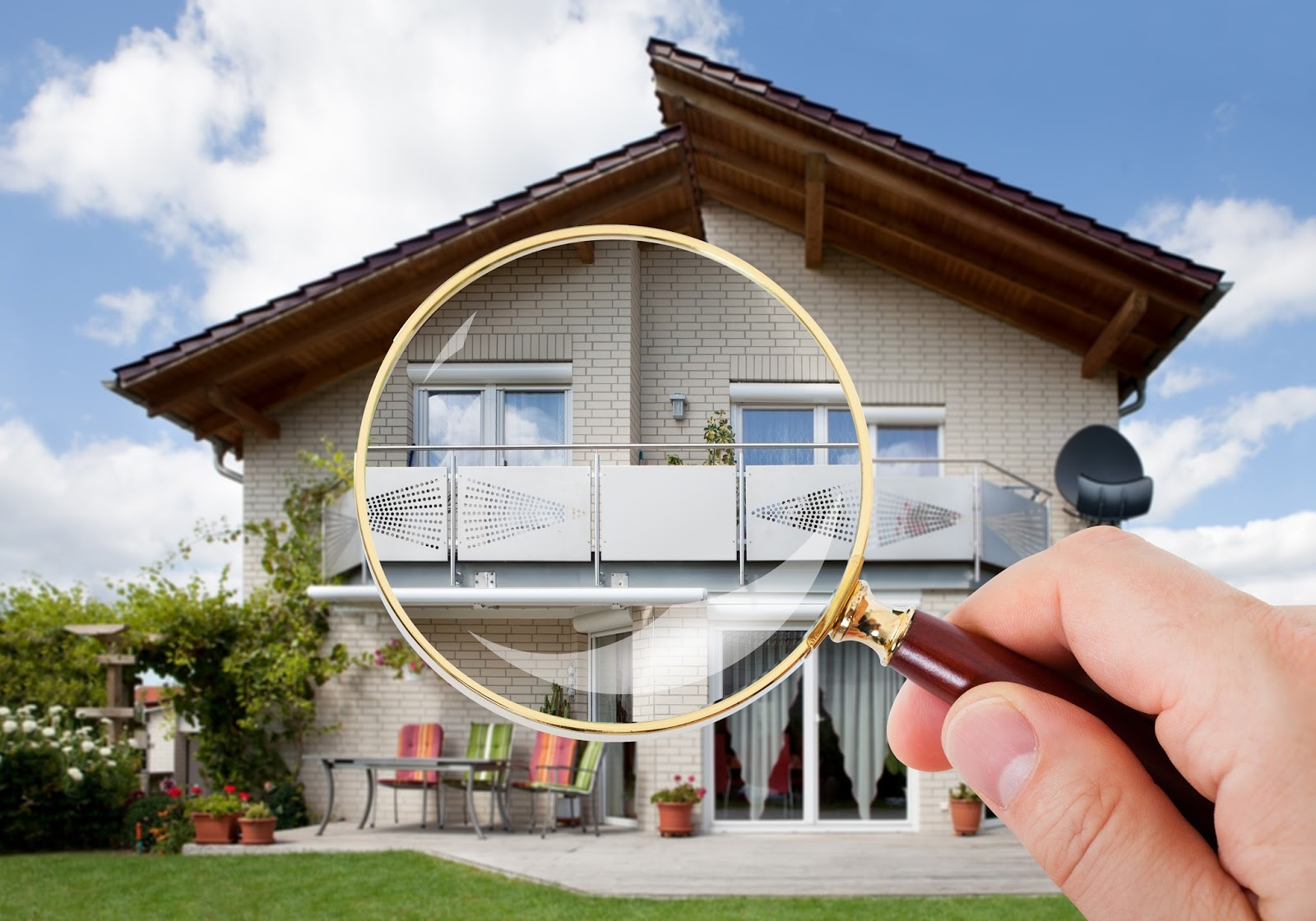 Protect yourself with a home inspector